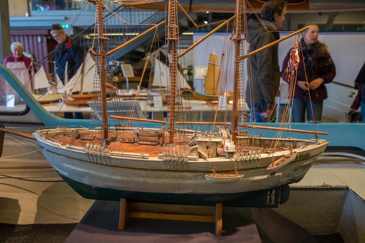 Modellbåtutstilling med unik samling